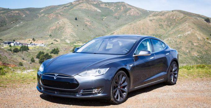 Tesla Modelo S P85D 2015