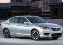 Review del Honda Accord Hybrid 2015