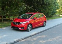 Review del Honda Fit Hybrid 2015