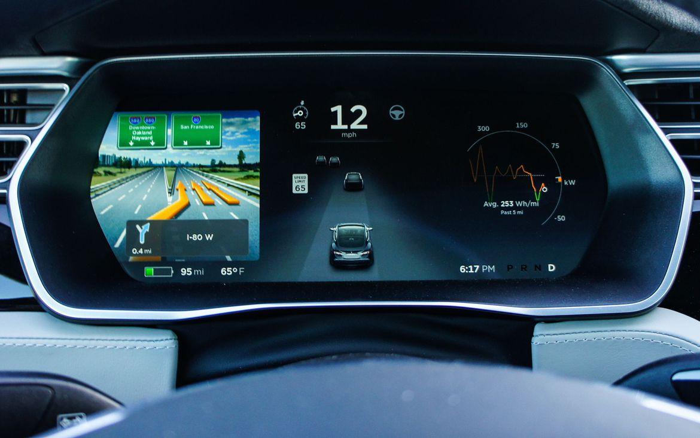 Review del Tesla S 60 2016 - Piloto automático